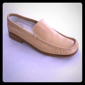 Like New❗️COACH Sz 7 Leather Loafers Vance